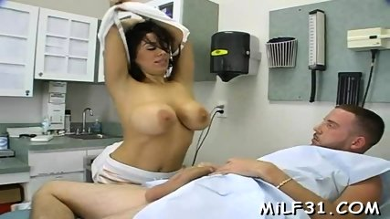 Busty darling loves blowjob