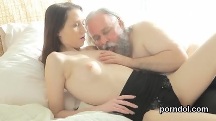 Erotic bookworm gets tempted and rode by her aged tutor
