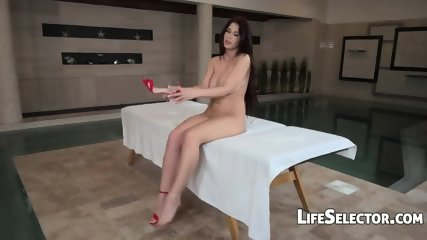 Busty Babe Aida Swinger Wants To Fuck Her Masseur - scene 2