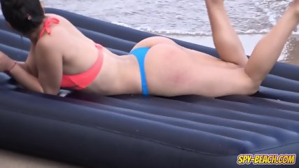 Amateur Beach Sexy Thong Bikini Teen - Voyeur Amateur Video - scene 8