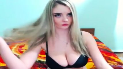 Congratulate, woman on cam shows her tits final