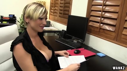 WANKZ- Lyli Eden Shows What Customer Service Means - scene 1