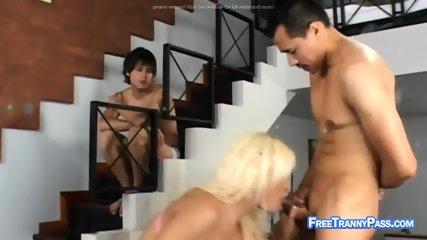 Asian dude fucks hot tranny