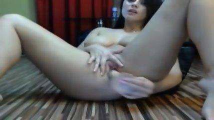 Brunette Dildo Cam