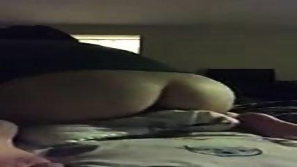 Horny Teen Humping Son Oreiller - scene 1