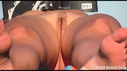 Horny Nudist Milfs Beach Voyeur HD SPycam Video 1 - scene 12