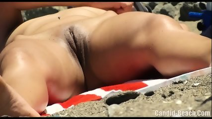 Horny Nudist Milfs Beach Voyeur HD SPycam Video 1 - scene 1