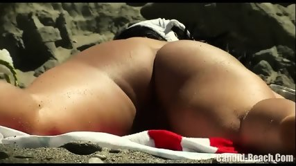 Horny Nudist Milfs Beach Voyeur HD SPycam Video 1 - scene 3