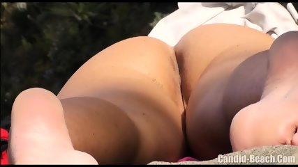 Horny Nudist Milfs Beach Voyeur HD SPycam Video 1 - scene 4