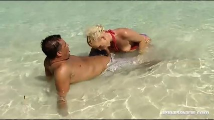 Kathy Anderson Goes Wild On A Tropical Beach... - scene 3