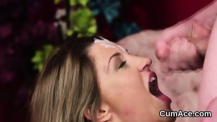 Foxy peach gets cum load on her face sucking all the charge - scene 5