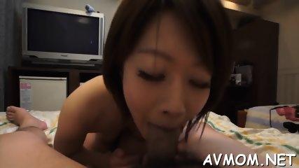 Slutty mom with fat clit and vibrator - scene 9