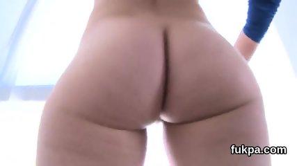 Fantastic babe reveals huge bum and gets anus reamed - scene 3