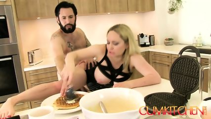 CUM KITCHEN: Busty Blonde Aiden Starr Fucks Tommy Pistol While Cooking