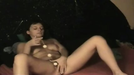 Amateur wife using Loveballs - scene 8