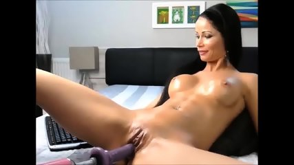 Yulia Webcam-Watch Her Squirt Part2 On ColombianaCams.com