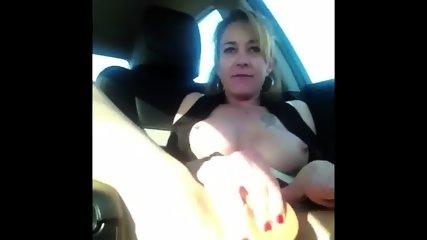 Shannon Dubois Car Squirt