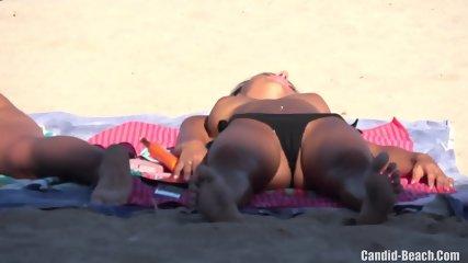 Topless Sexy Hot Bikini Teens Cameltoe Beach Voyeur Spy Cam Hd Video - scene 2