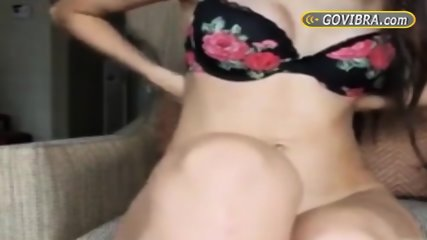 Play GOVIBRA Pink Toy Shaking Fine Brunette Pussy Today Go Now