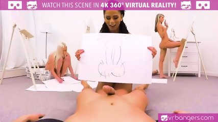 VR PORN-Sexy Ebony Give A Majestick Blowjob In Class