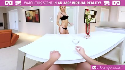 VR PORN-KAROL LILIEN&VINNA REED BLONDE LESBIAN SCISSORING