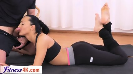 Dark haired babe fucks her personal fitness trainer after the workout