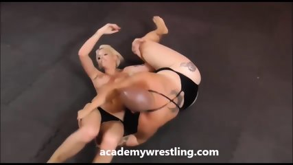 Sexy athlete, wrestler get fucked at Academy Wrestling