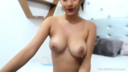 Slutty Brunette Goes Wild And Horny On Cam