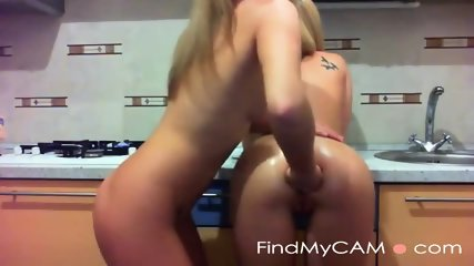 She got all five fingers up her oiled ass