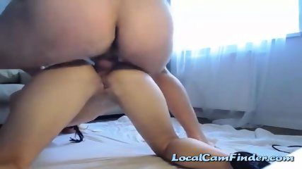 Camslut has the perfect ass for anal sex