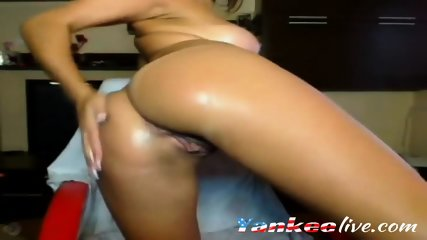 Tattooed chick explores her wet pussy