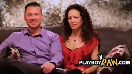 Amateur Wife With Curly Hair Gives Blowjob And Gets Fucked In Front Of Playboy Cameras