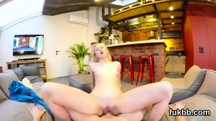 Hot girl pleasures vagina and gets licked and nailed in pov