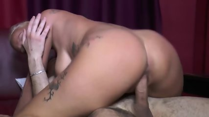 Short-Haired Blonde Mom Enjoys 2 Dicks In DVP - scene 7