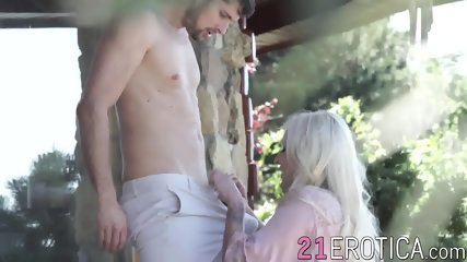 Daisy Lee and Kristof Cale fucking deeply after blowjob
