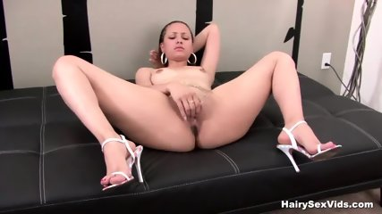 Fingering And Using Her Toy In Solo - scene 6
