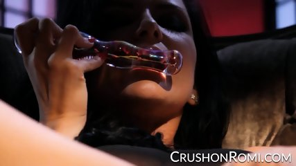 Crush Girls - Romi Rain vaping while she masturbates
