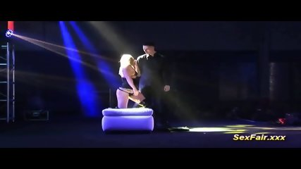 flexible lapdance on venus show stage