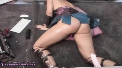 WONDER WOMAN SUPERHERO SQUIRTING ORGASM ON WEBCAM