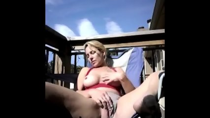 Shannon Dubois Shows The Guys Her Pussy