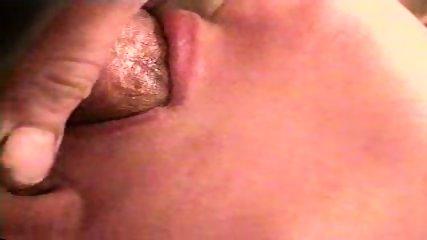 Com Shot close up - scene 12