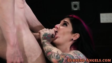 Tattooed babe gets railed