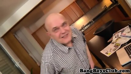 Euro amateur pleasured by a fat old man