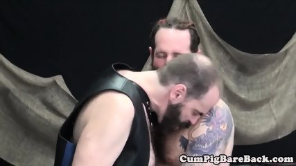 Dominant mature bear assfucking his slave