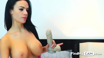 Webcam show with very sexy busty brunette babe
