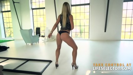 Nikky Thorne - An Ass To Die For - scene 6