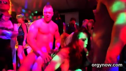 Elegant sex kittens give suck job and enjoy fucking and fuck orgy