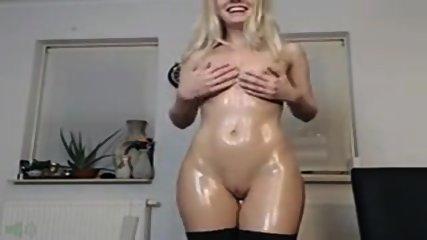 Sexy Blonde Olie En Cream Cum - scene 4