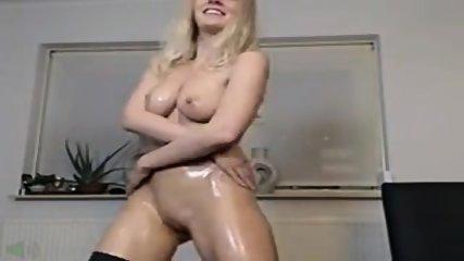 Sexy Blonde Olie En Cream Cum