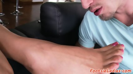 Latina milf toesucked and fucked passionately